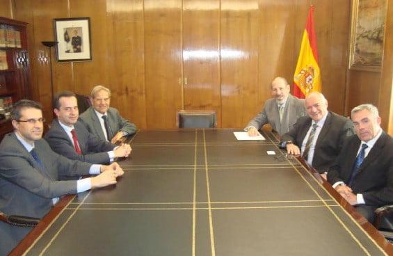 Borelli mantuvo reuniones con autoridades del Puerto de Valencia