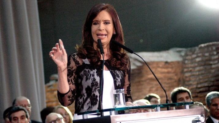 """Cristina aseguró que la Policía no puede """"organizar la delincuencia para robar, instalando miedo y terror"""""""