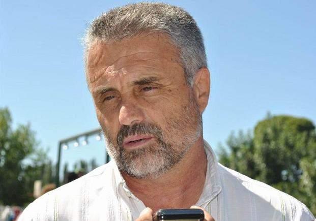 Curetti oficializa hoy su alejamiento de Vialidad