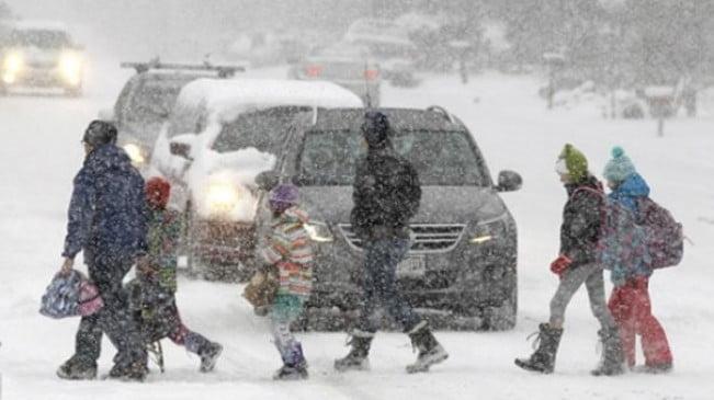 EEUU: 2 muertos y miles sin luz por ola lluvia, heladas y fuertes vientos