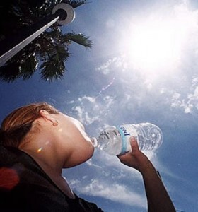 Continúa el alerta rojo por la ola de calor en la Provincia