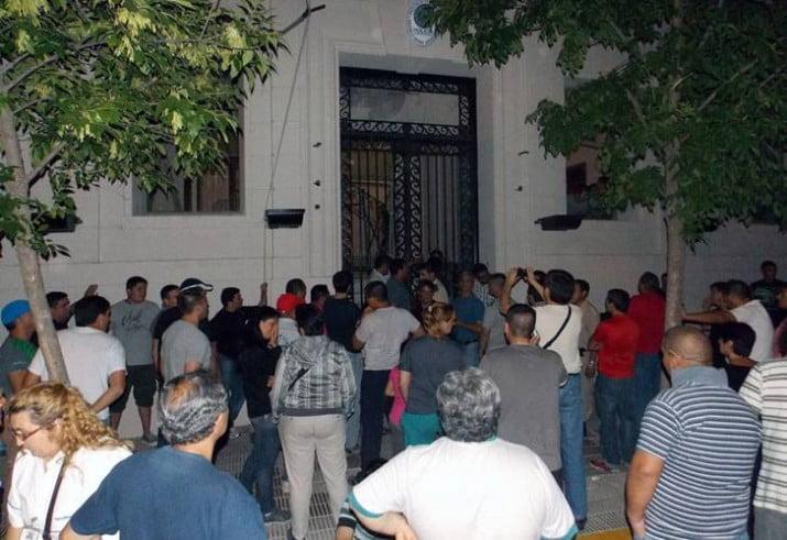 La policía de La Pampa acordó un aumento y vuelve a las calles