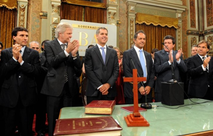 Scioli puso en funciones a nuevas autoridades en el gabinete provincial