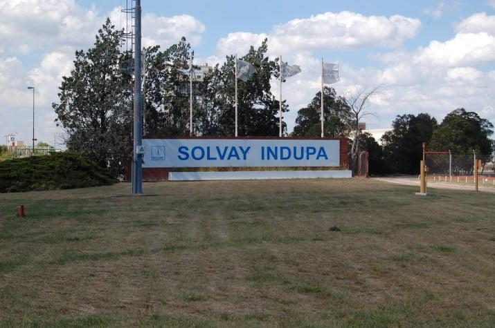 Pese a negativa de CNV, Solvay insiste con vender Indupa