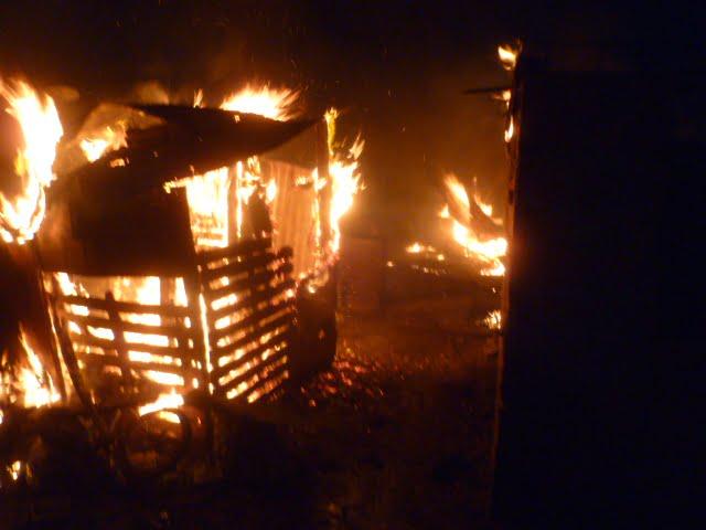 Un incendio devastó una vivienda en Pampa Central al 4200
