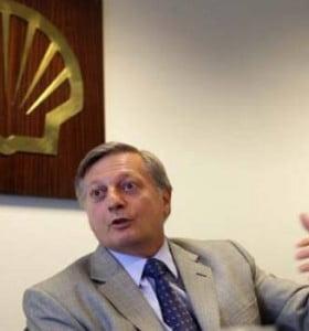 """El PRO presentó un proyecto en """"solidaridad"""" con el presidente de Shell"""