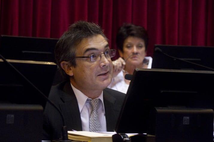 """Nito Artaza: """"No le alquilemos la UCR a neomenemistas como Massa"""""""