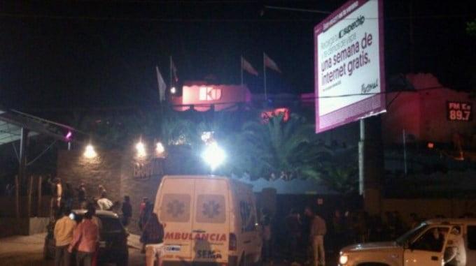 Pinamar: menor resultó herida en la cabeza por la caída de mampostería del boliche Ku