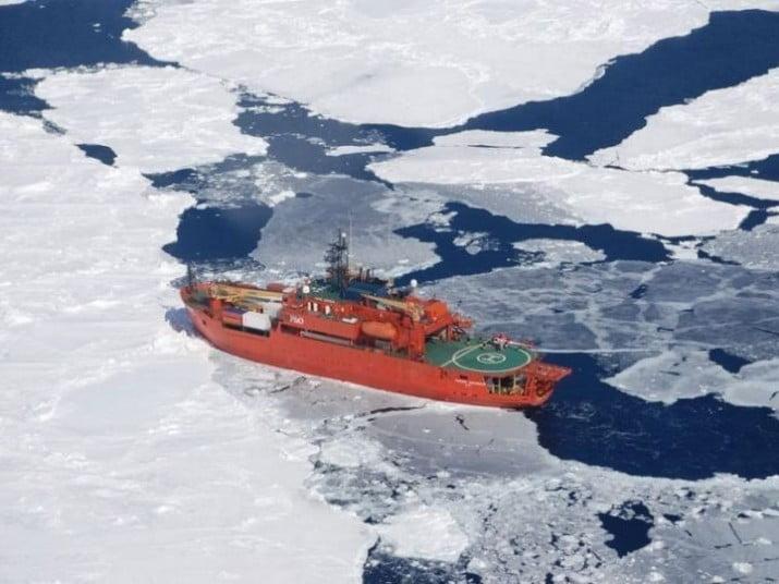 """Quedó atrapado en la Antártida el buque que rescató pasajeros del """"Aurora"""""""