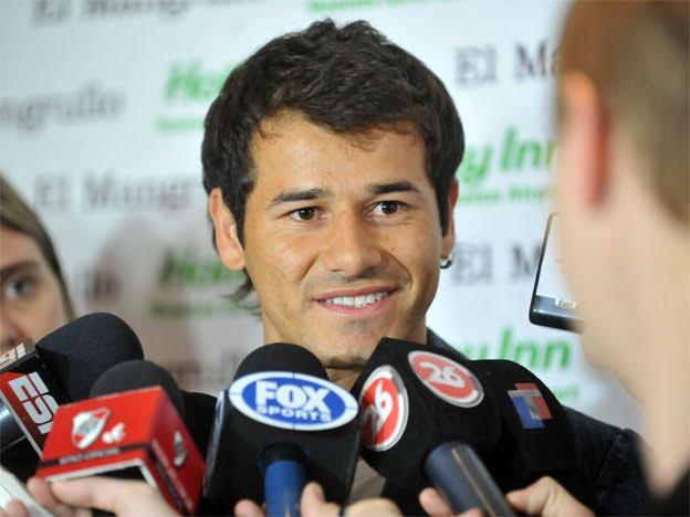 Rodrigo Mora dejó de ser jugador de River y pasó a Universidad de Chile