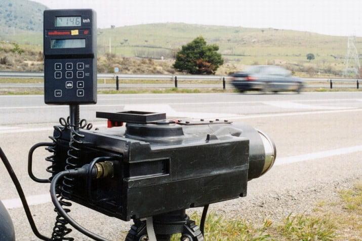 Piden anular multas de radares de la autovía 2 por falta de señalización