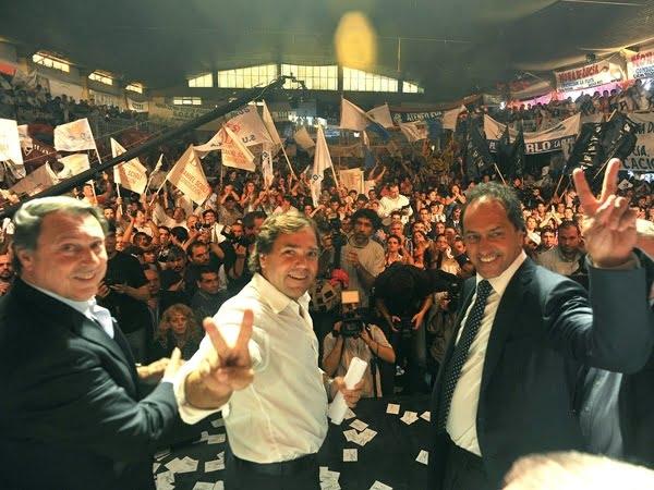 """""""Scioli 2015"""" se mete en los Concejos Deliberantes"""