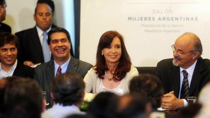 """Cristina: """"Nosotros sí aumentamos: los puestos de trabajo y los salarios"""""""