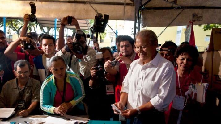 Ganó el oficialismo en El Salvador, pero no evita el balotaje
