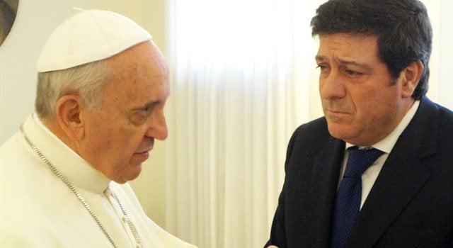 El Papa envió una carta a Mariotto por un plenario político