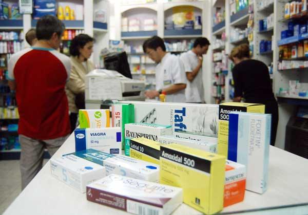 La semana próxima retrotraerán los precios de 18.000 medicamentos y habrá rebajas en otros 600