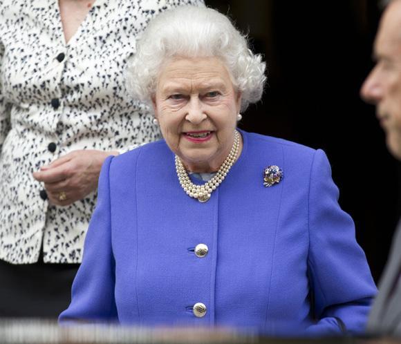 Francisco se reunirá con la reina de Inglaterra el 3 de abril