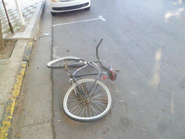 Un ciclista fue arrollado en la esquina de Güemes y Roca