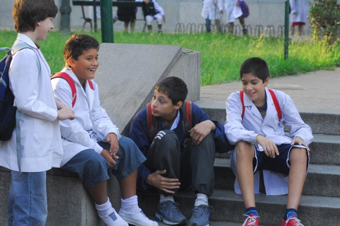 Hubo acuerdo y el lunes docentes de la Provincia vuelven a las aulas