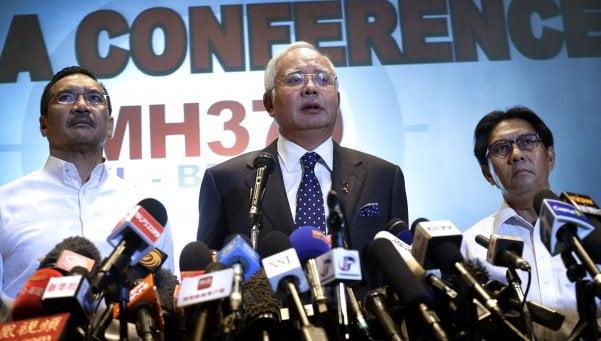 """El avión de Malaysia fue desviado de """"forma deliberada"""""""