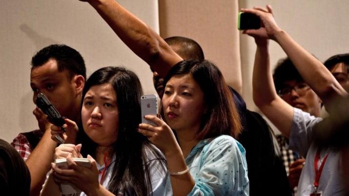 ¿Por qué los pasajeros del avión desaparecido no utilizaron sus celulares?