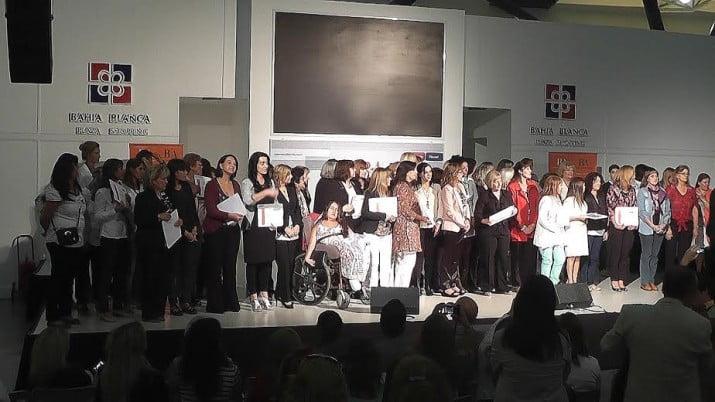 Reconocimiento a mujeres destacadas y empresarias de la región