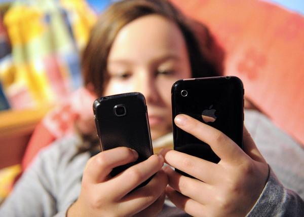 Fin del mito: los SMS no afectan la ortografía de los adolescentes