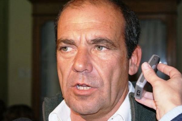 Moccero, contra Bevilacqua y vecinalistas