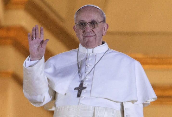 Francisco recibió a miles de ciegos y sordomudos en el Vaticano