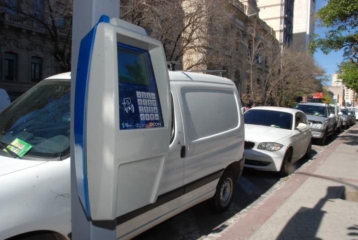 Comenzó la instalación de nuevos parquímetros en la ciudad