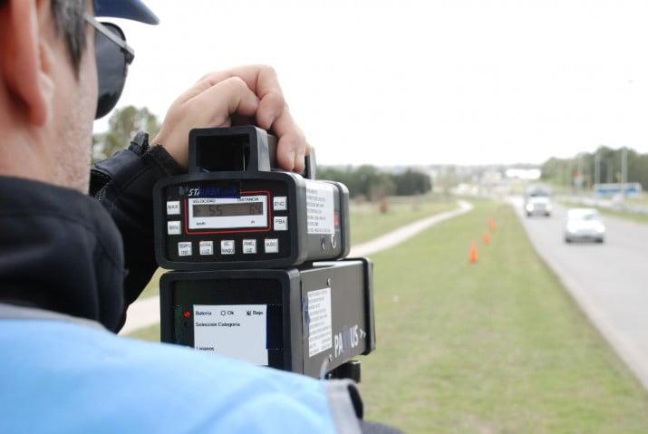 Probaron radares que comenzarán a operar en distintos puntos de la ciudad