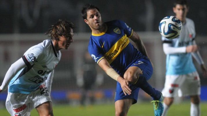 Boca empató con Colón y se alejó de la pelea