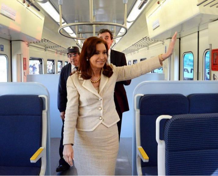 """Cristina destacó la """"alianza estratégica entre público y privado"""""""