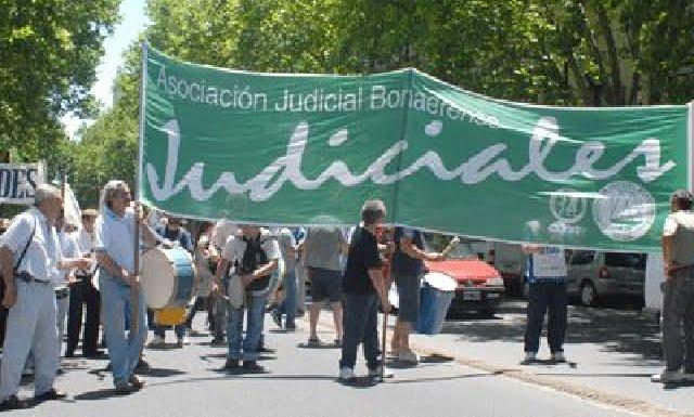 Judiciales rechazaron nueva oferta de Provincia y paran 48 horas
