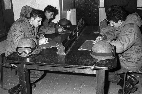 Malvinas: una guerra de 74 días en la que 649 argentinos dieron su vida