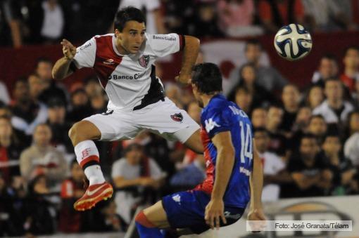 Newell's cortó su racha negativa y le ganó un emotivo partido a Tigre