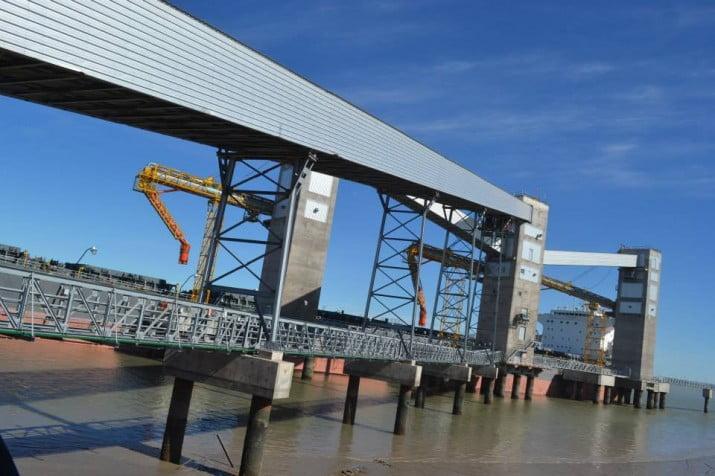 Breitenstein recorrerá el nuevo Muelle de Carga de Cereales del Puerto local