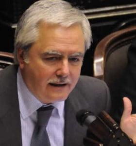 """La oposición insiste: el Presupuesto 2015 es un """"dibujo"""""""
