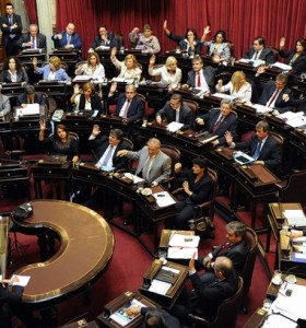 Senado se prepara para aprobar la ley de hidrocarburos