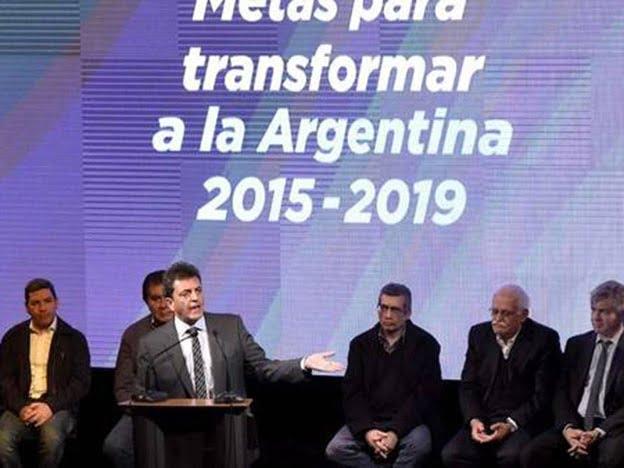 """Massa: """"Votar a Macri es una invitación al pasado, es el ajuste"""""""