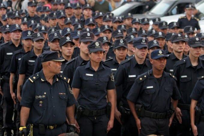 Confirmaron aumento para la policía bonaerense de 18% en cuatro cuotas
