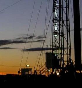 """Chubut: petroleros, cerca de un acuerdo de """"paz social"""" por 180 días"""