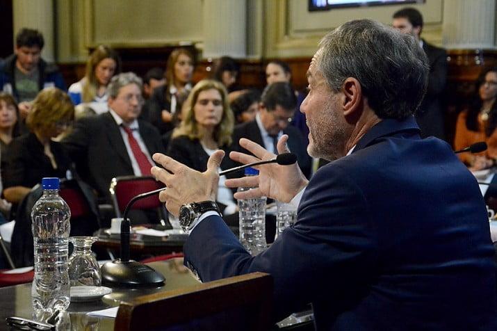 Ferrari propuso ante el Senado restringir el régimen de la libertad condicional