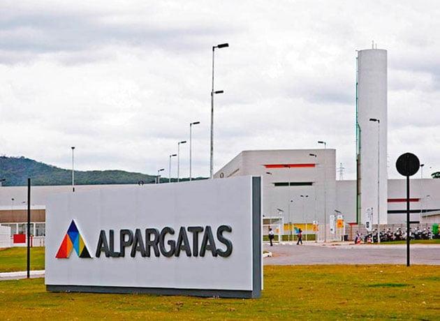 Dramática situación en Alpargatas: suspendieron al 80% de los empleados