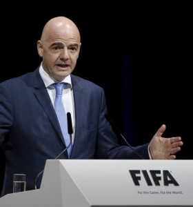FIFA: Infantino confirma uso del videoarbitraje en Mundial de Rusia 2018