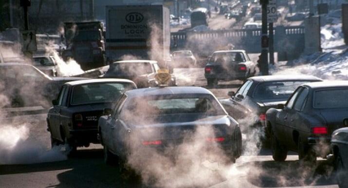 """El humo de los coches puede causar """"infelicidad"""""""