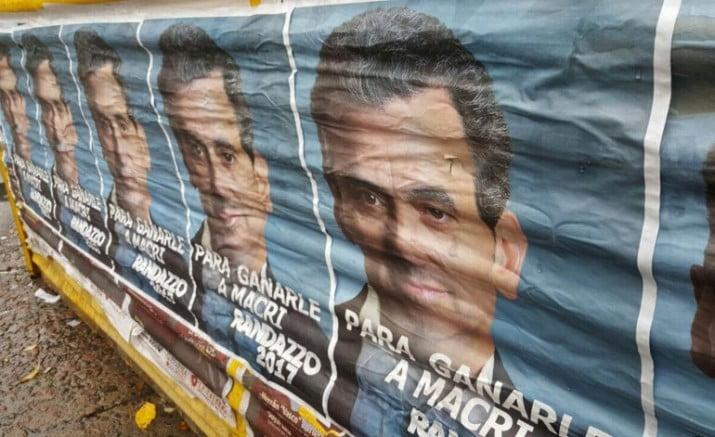 """Los afiches de Randazzo en campaña """"para ganarle a Macri"""""""