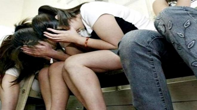 """Rescatan a tres mujeres víctimas de trata y detienen al propietario del sitio """"Bahía Hot"""""""