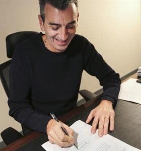 Randazzo rechaza la unidad y firma su precandidatura a senador