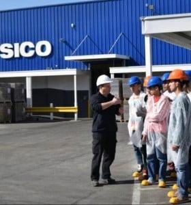 Mientras echa a 600 trabajadores, Pepsico se suma a una feria de empleo